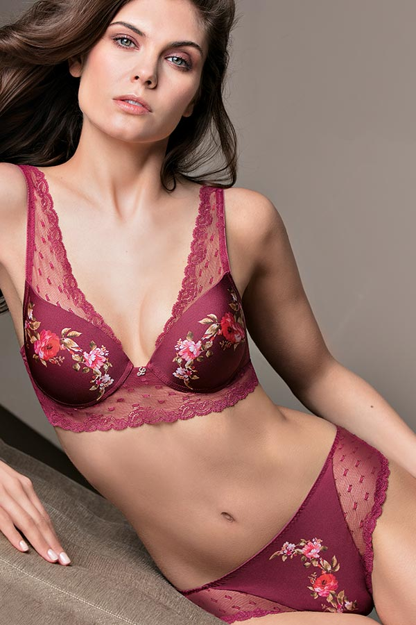 Lovely Rose - Bralette with graduated cup and Brief