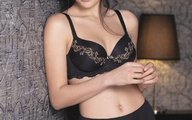 Love Story Collection - 2409 Molded light padded cup bra - Cup C/D Size 2/5 - 2209 High waist brief - Tg 1/6 - Colours: Black / Electric blue