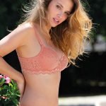 Amelie collection by Leilieve - Cod. 1406 Molded light padded cup bra